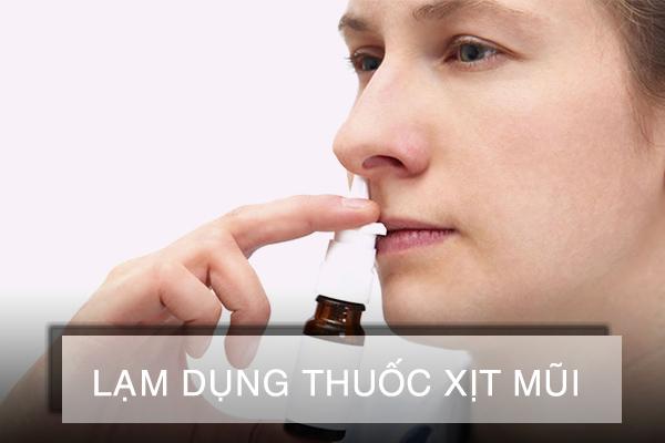 Lạm dụng thuốc xịt mũi có thể dẫn đến sổ mũi